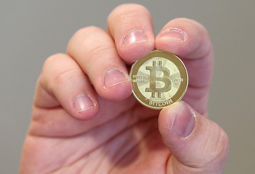 Kriptovaliutos dar tik įsibėgėja: ar į jas investuoti verta labiau nei į auksą? - LRT