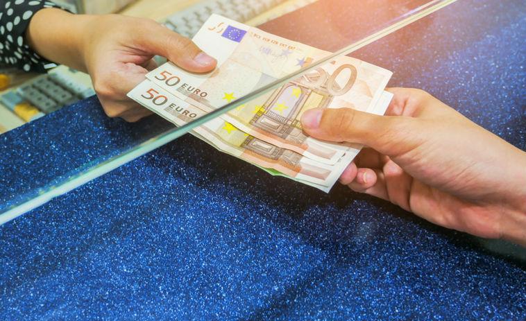 kaip galima užsidirbti be indėlio neinvestuodami pinigų, galite užsidirbti pinigų