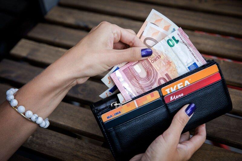 kaip lengva užsidirbti pinigų be indėlio