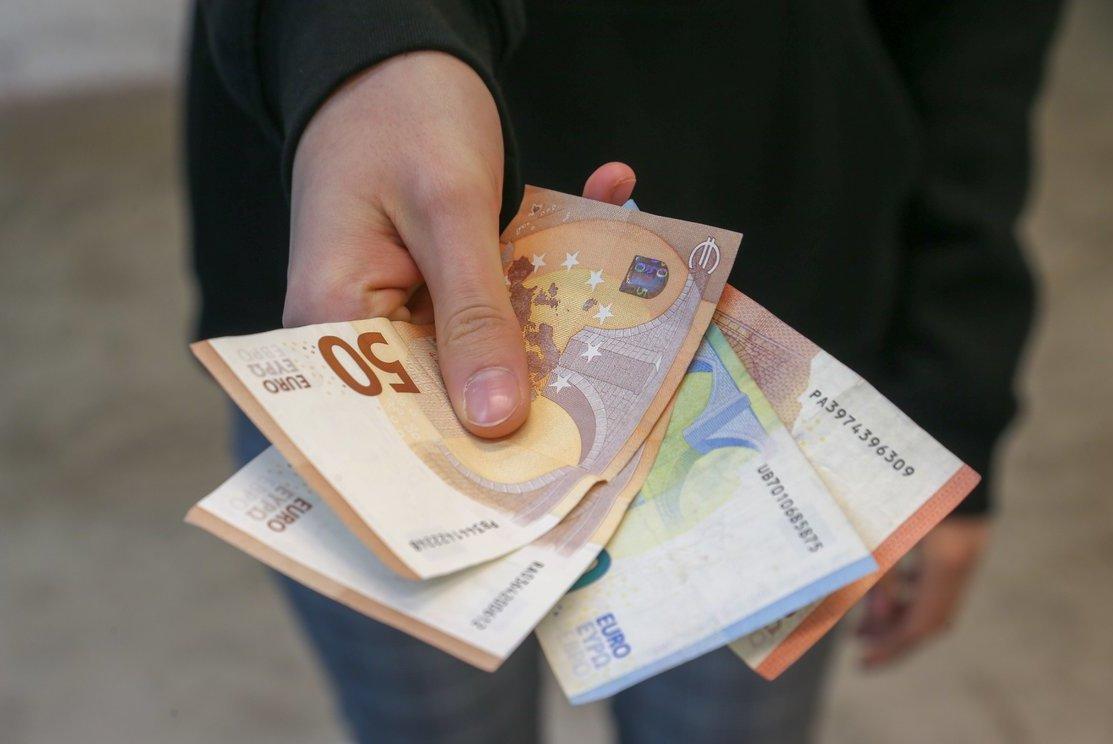Internetinės pinigų uždirbimo sistemos - Kaip padaryti gerus pinigus darbo internete uk iš namų.