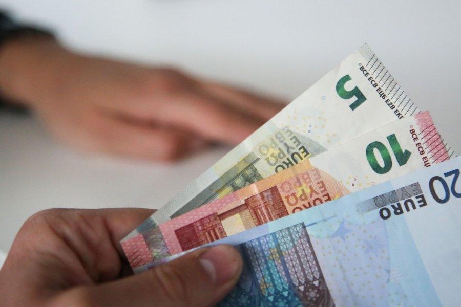Uždirbti internetu grynaisiais pinigais, Darbas Internetu TOP 5 Idėjos Pradėti!   kaimospindulys.lt
