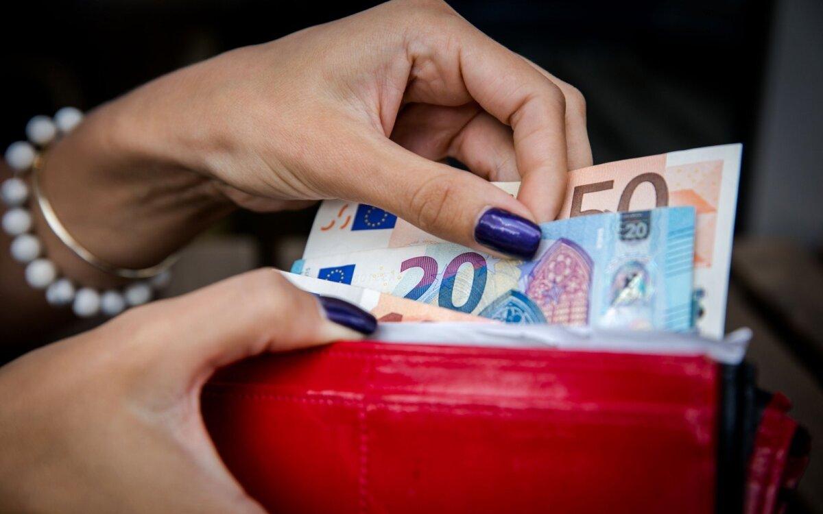 kaip uždirbti daugiau pinigų pensininkui