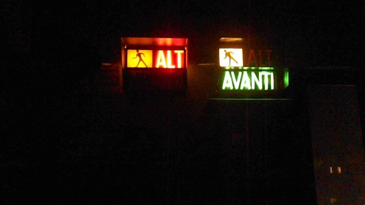 semaforo dvejetainiai variantai)