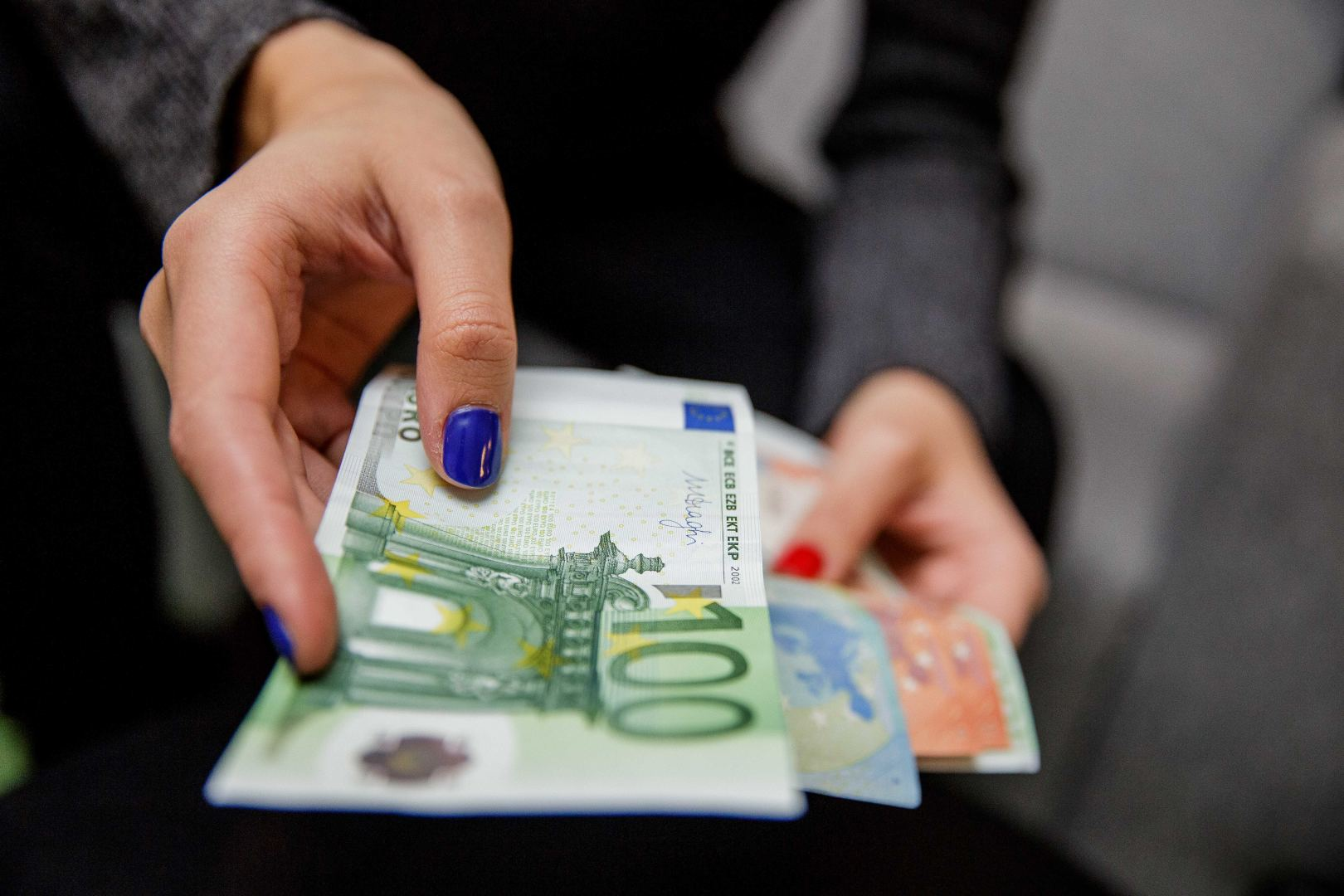 ne pinigų pinigų pasirinkimo galimybė)