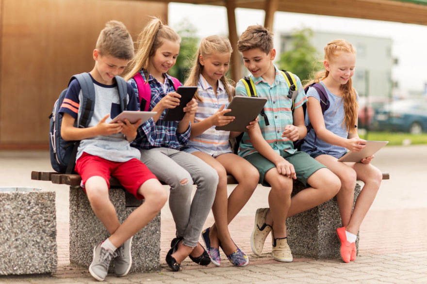 bendravimo interneto pajamos