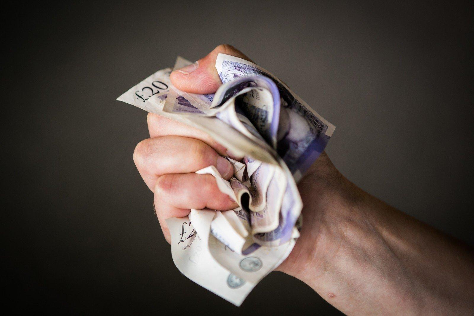 iš ko dabar galite užsidirbti pinigų
