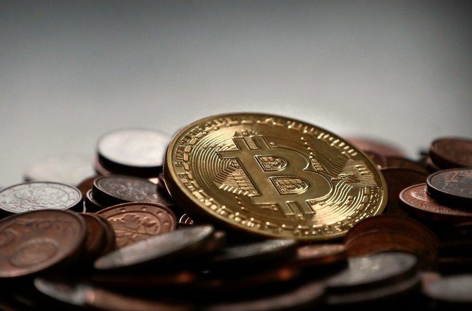 uždirbti 1 bitkoinas per dieną)
