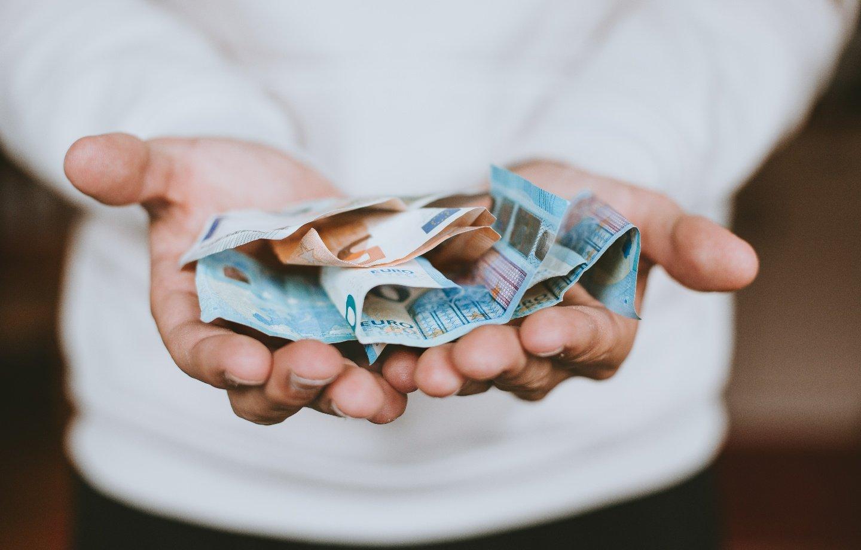 Kaip užsidirbti pinigų