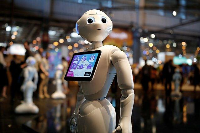 Ateitis biure – žmonės su robotais ar robotai be žmonių? - LRT