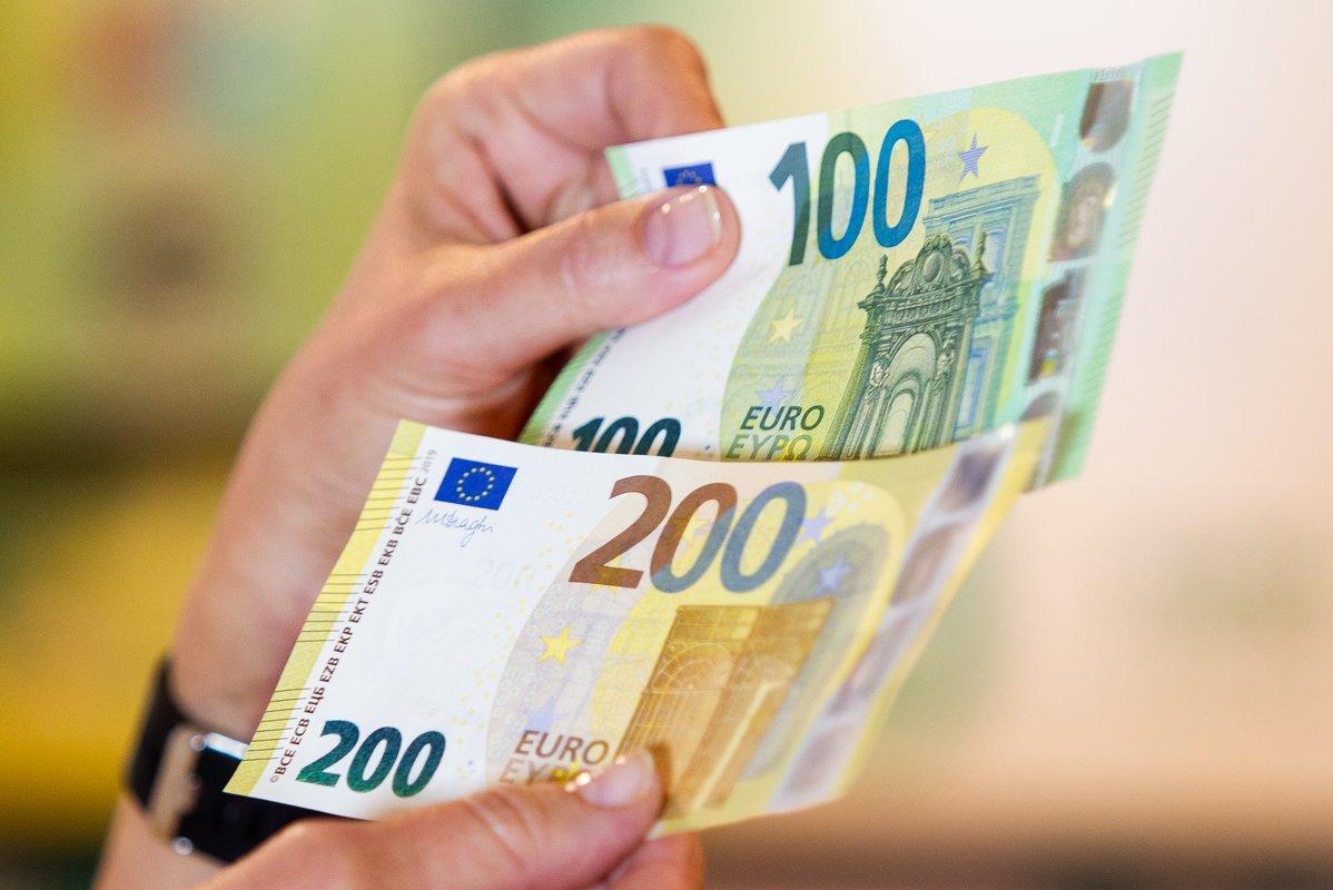 užsidirbti pinigų padedant žmonėms ar pelninga išgauti bitkoinus 2020 m